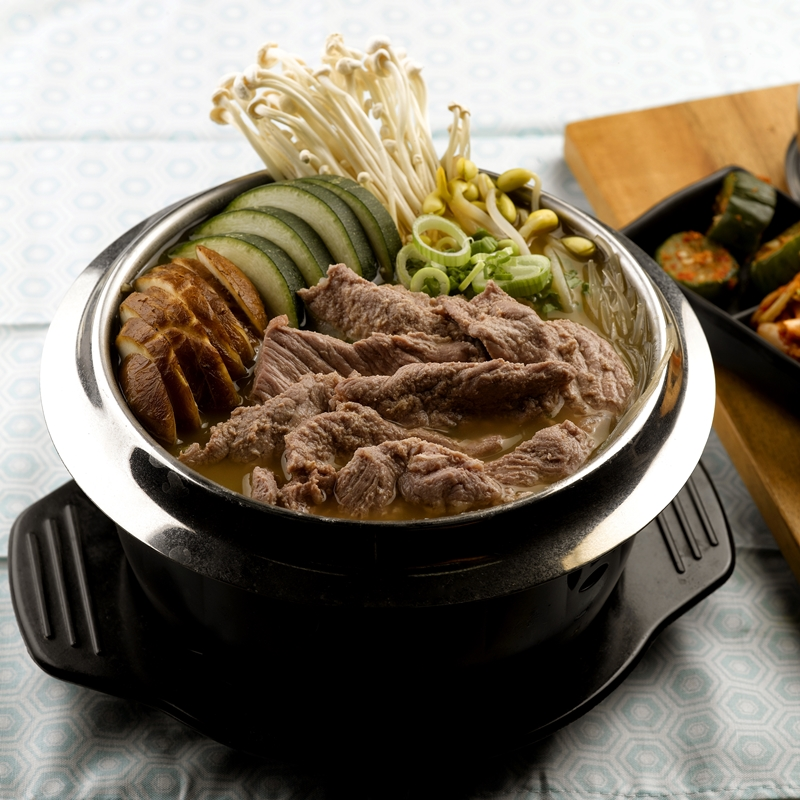 Marinated Beef Miso HotPot_Sq800