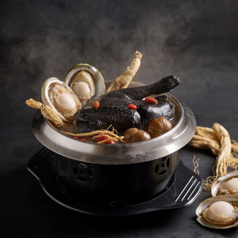 Abalone Black Ginseng Chicken