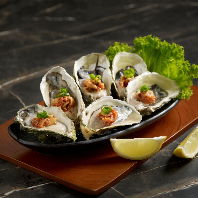 Cold Oyster with Kimchi 6pcs_800px